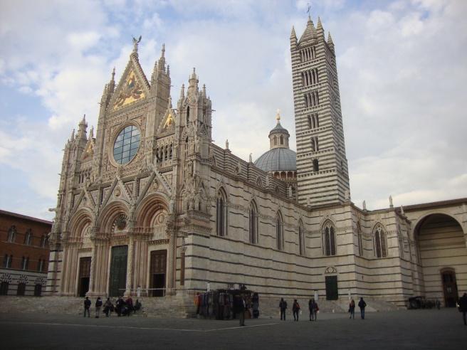 My fav church, Cattedrale Metropolitana di Santa Maria Assunta